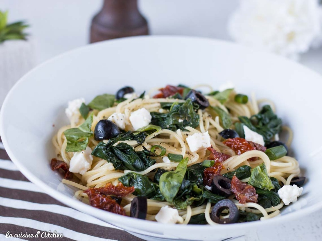 Spaghettis aux épinard et l'ail recette rapide