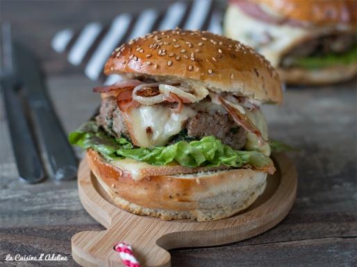 Burger savoyard à la raclette
