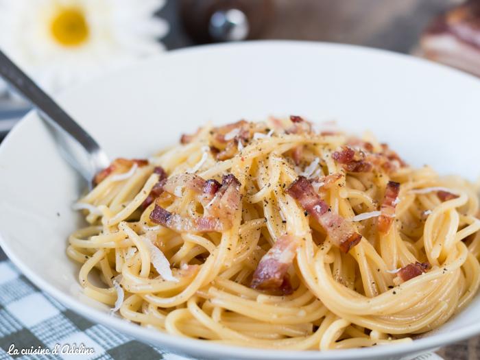 Spaghetti à la carbonara recette sans crème