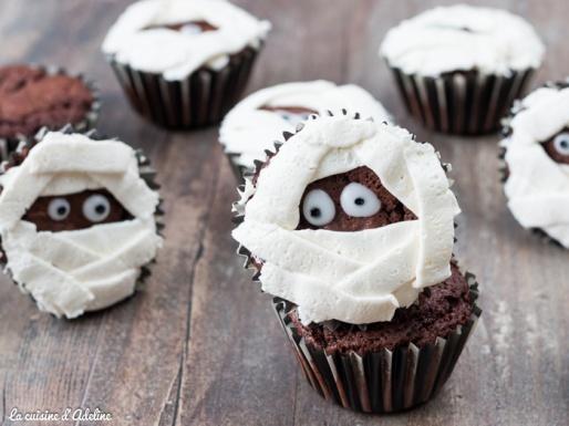 Cupcakes momie au chocolat - Recette Halloween