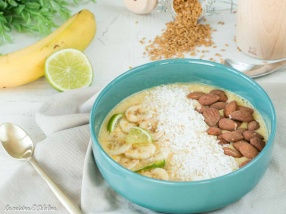 Smoothie Bowl orange citron vert mangue banane recette