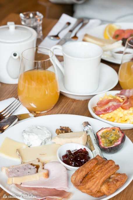 5 Terres MGallery Barr - Petit déjeuner continental