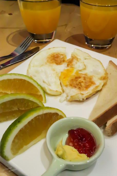 Petit déjeuner continental Kunming