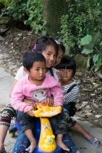 Enfants Atzeke Chine