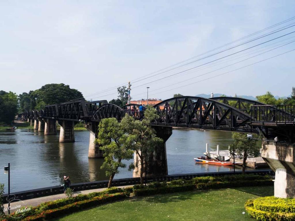 Pont de la rivière Kwai Kanchanaburi Thailande