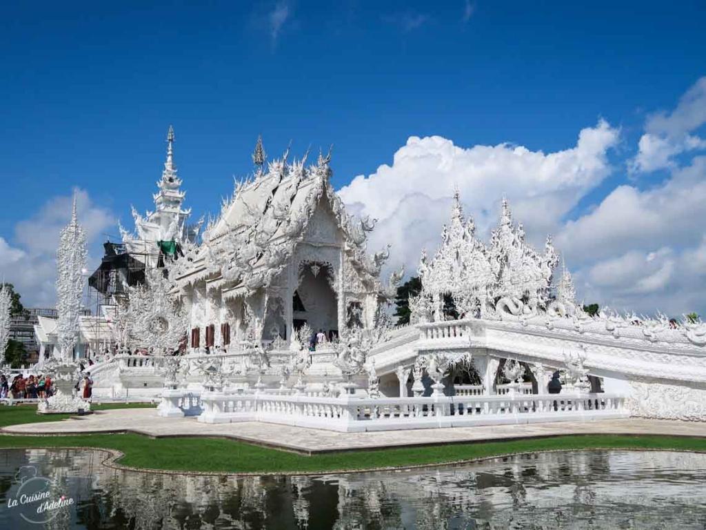 Temple blanc White Temple Chiang Rai Thailande