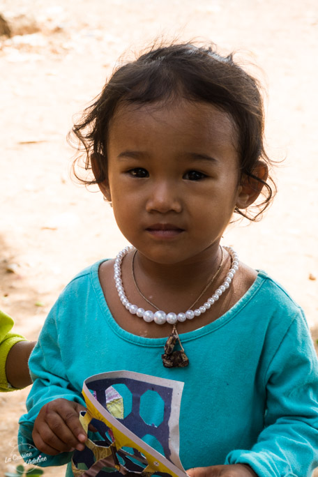 Cambodge contact avec les locaux