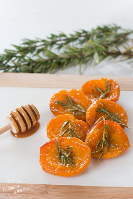 Abricots rôtis au romarin et miel recette
