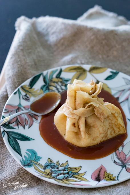 Aumônière de crêpe façon Normande aux pommes sauce caramel recette