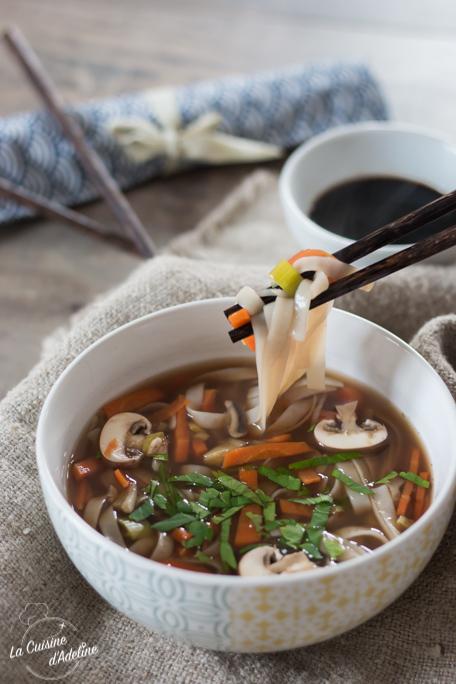Bouillon asiatique aux légumes recette