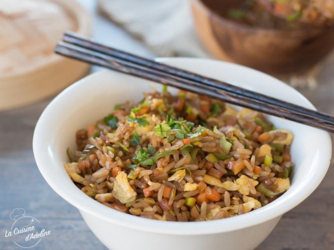 Riz sauté aux légumes sauce soja recette chinoise