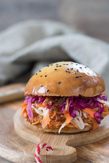 Burger au poulet façon pulled pork recette facile