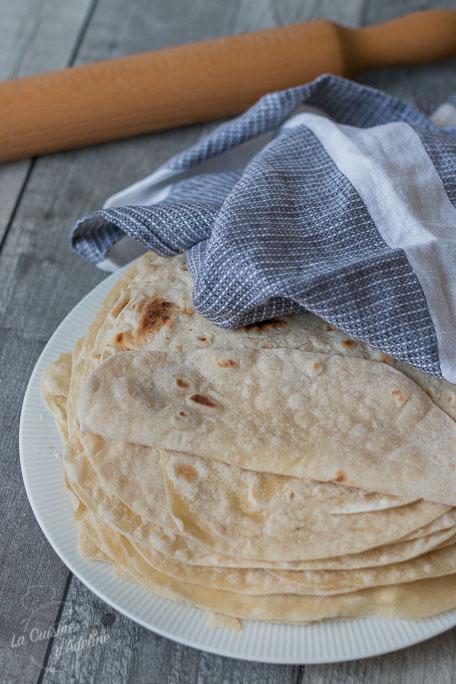 Tortillas de blé maison souples recette mexicaine