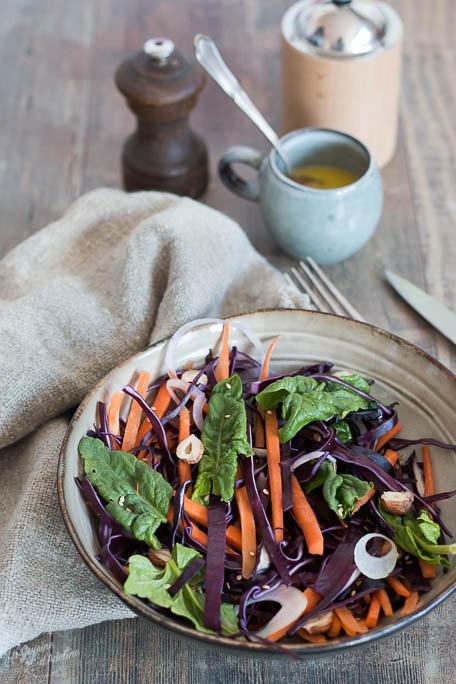 Salade de chou rouge carottes et noisettes recette salade d'hiver