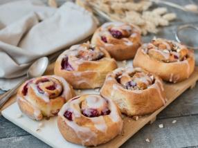 Brioches framboises façon cinnamon rolls recette